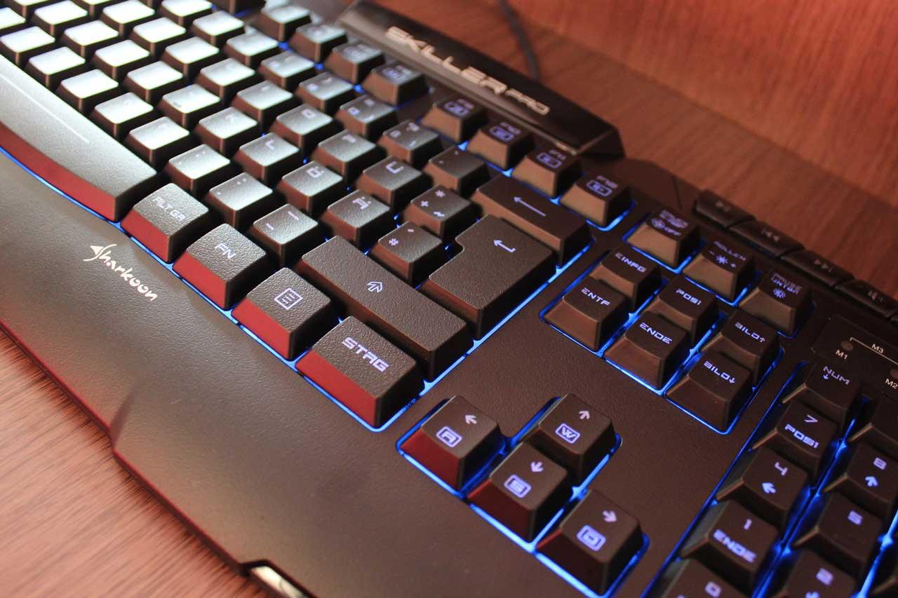 gaming-tastatur-sharkoon-skiller-pro-test